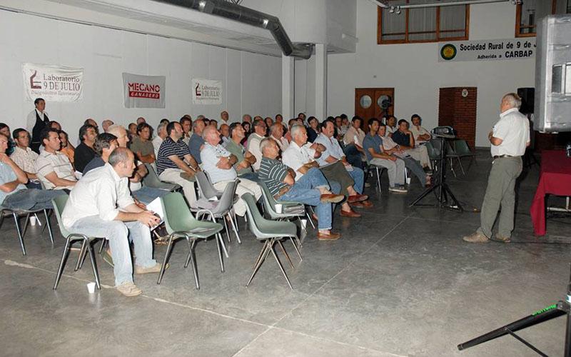 tecnicos_0001_2011-11-23_r299_resampled